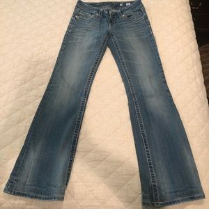 Lightly used but no sign of wear Miss Me jeans